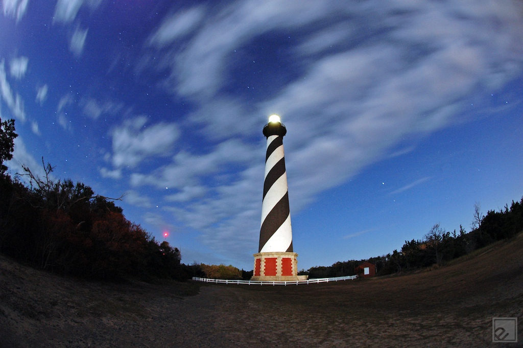 cape hatteras lighthouse glows at night